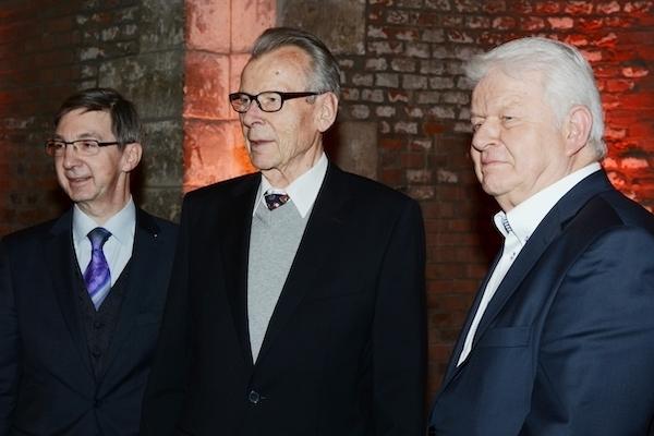 3 Vorsitzende